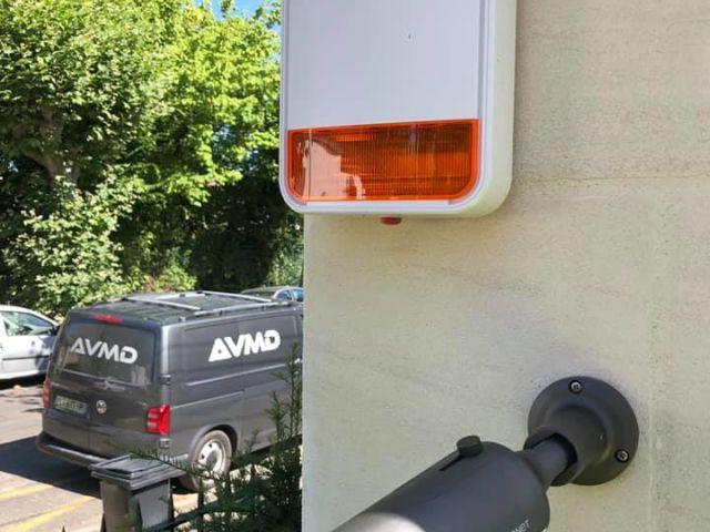 Sécurisation d'une villa avec un système d'alarme intérieur/extérieur couplé à un système de vidéosurveillance🚨🎥