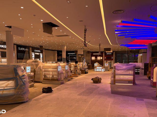Mise en lumière de la boutique BUY Paris DUTY FREE 2